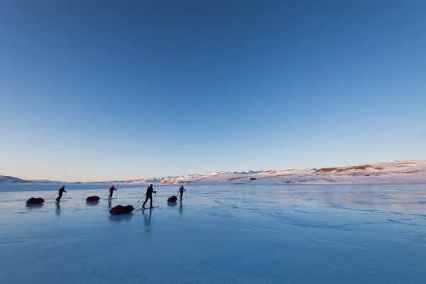 Voyage et randonnée à ski au Groenland #3 – Vive les pulkas